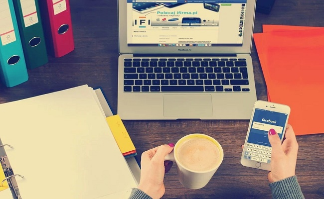 medios de comunicación social.-
